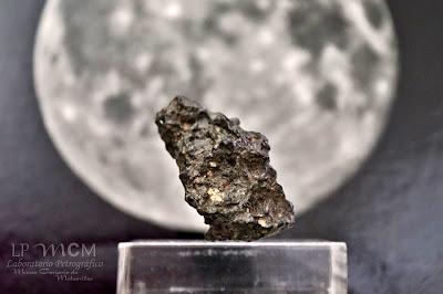 NWA 11228, Roca Lunar feldespática.