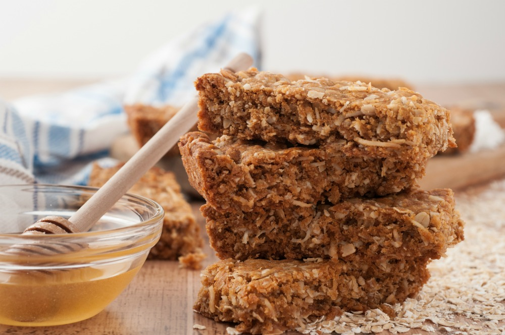 homemade granola bar recipe with variations