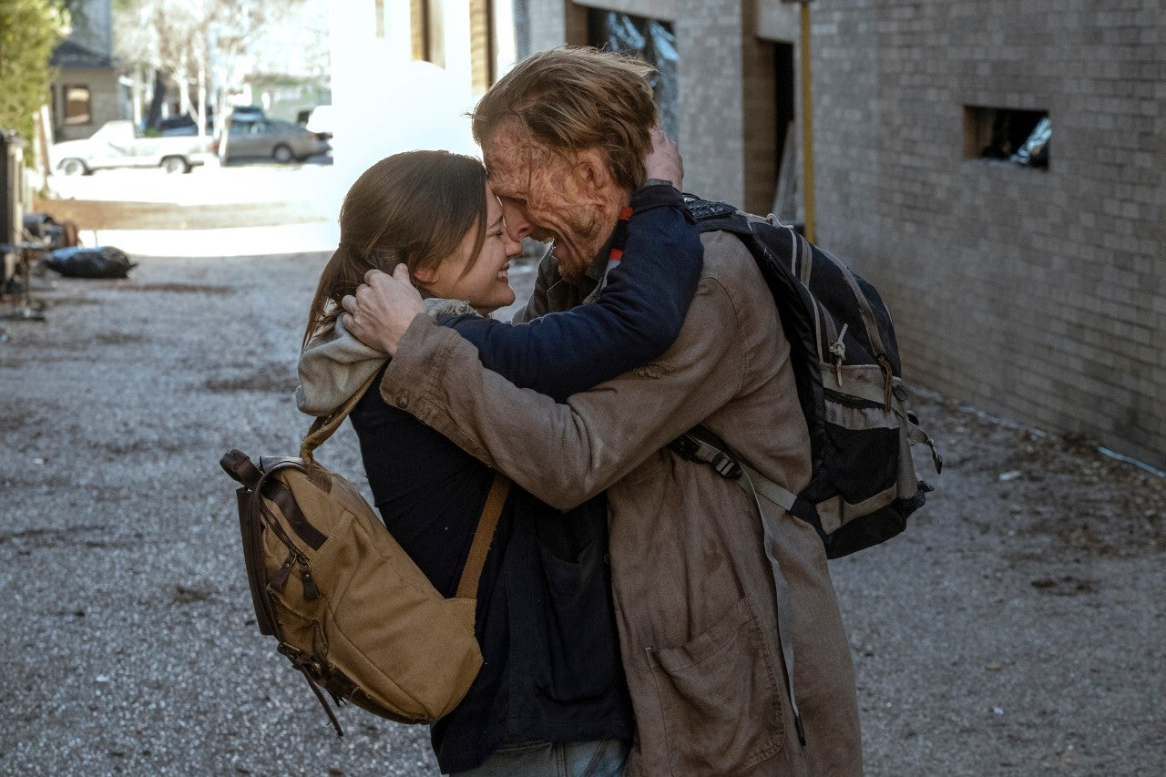 Dwight se reencuentra con Sherry en el 6x03 de Fear The Walking Dead