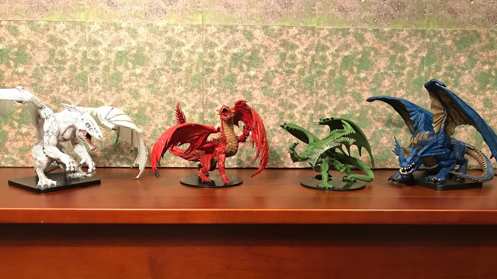Raging Owlbear: Gargantuan Dragons invade Owlbear Lair!