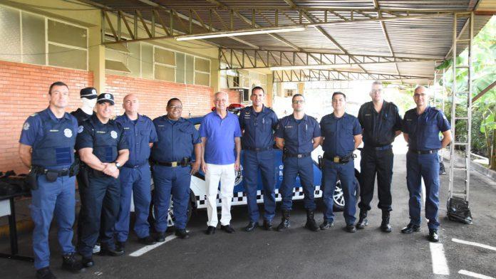 GCM de Catanduva recebe novas fardas, equipamentos e viaturas