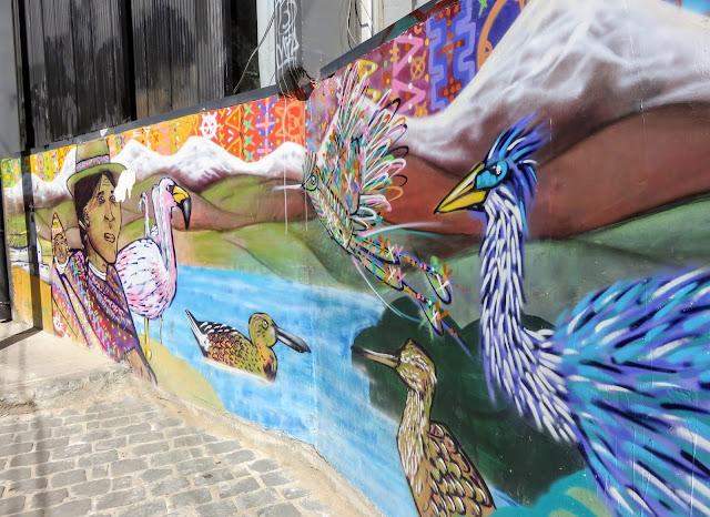Valparaíso Street Art: Birds