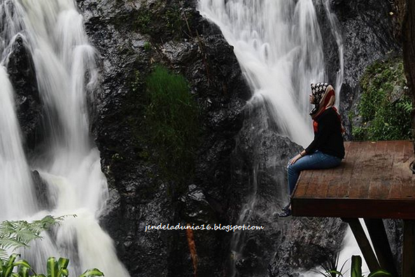 Berwisata Dan Menikmati Seribu Pesona Keindahan Alam Air Terjun Curug Maribaya