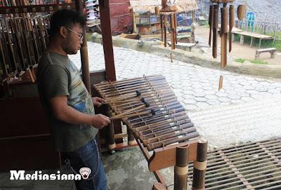 Alat Musik Calung Sunda