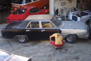 """""""Jeitinhos"""" baratos de pintar seu carro (PARTE II)"""
