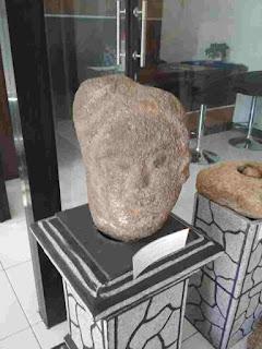 Batu Megalitikum di Pusat Informasi Megalitikum Bondowoso