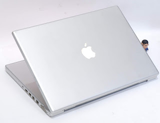 Macbook Pro 15-inchi Core2Duo di Malang