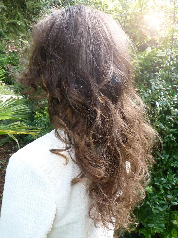Nicht ausgebürtete WO Haare mit Locken