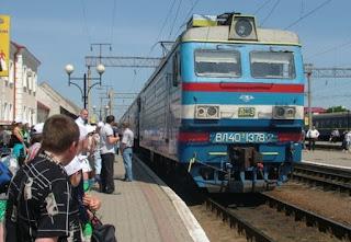 Картинки по запросу Украинцы разбегаются как тараканы