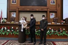 Bupati Masnah Sampaikan Ranperda APBD tahun 2020 Dalam Paripurna DPRD Muaro Jambi