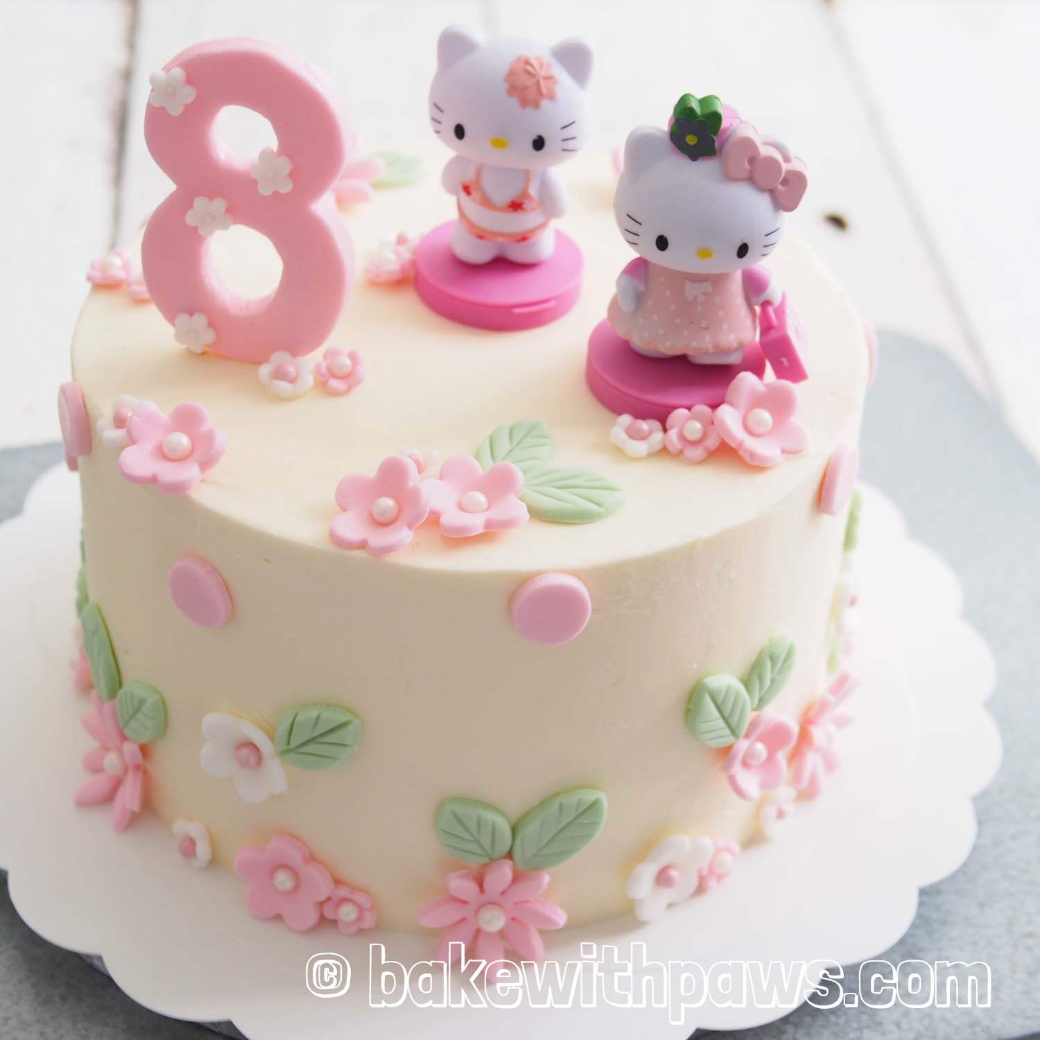 Hello Kitty Cake Bake With Paws