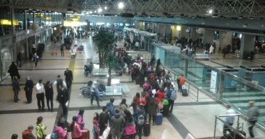 12 صياد مصري يصل القاهرة بعد الافراج عنهم بتونس