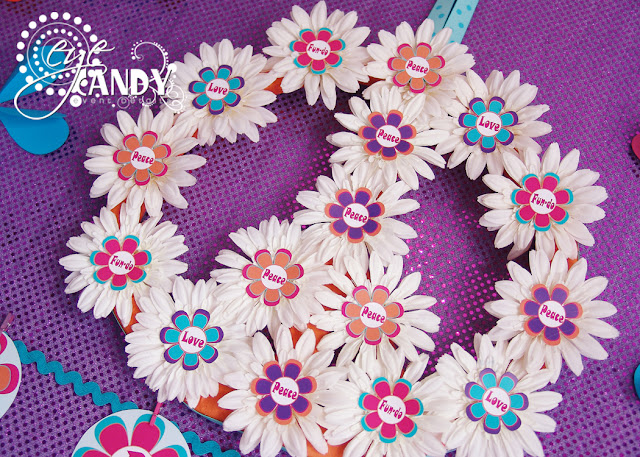 daisy wreath, peace party wreath, peace party decor
