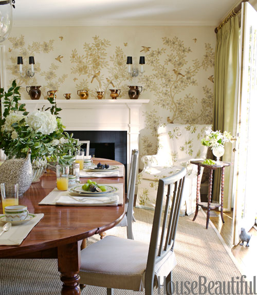 Feast Your Eyes Gorgeous Dining Room Decorating Ideas: Mix And Chic: Stunning Green Spaces