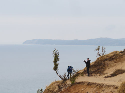 hikers at Arcadia Dunes Old Baldy