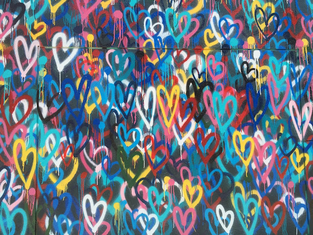 LoveWall-New-York-NY-Renee-Fisher-Unsplash.com