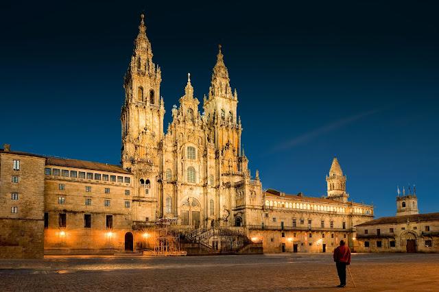 Catedral de Santiago de Compostela desde  Ecuador