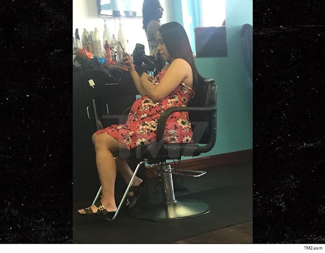 CARDI B IT WAS POPPIN' AT THE HAIR SALON ... Before I Finally Popped