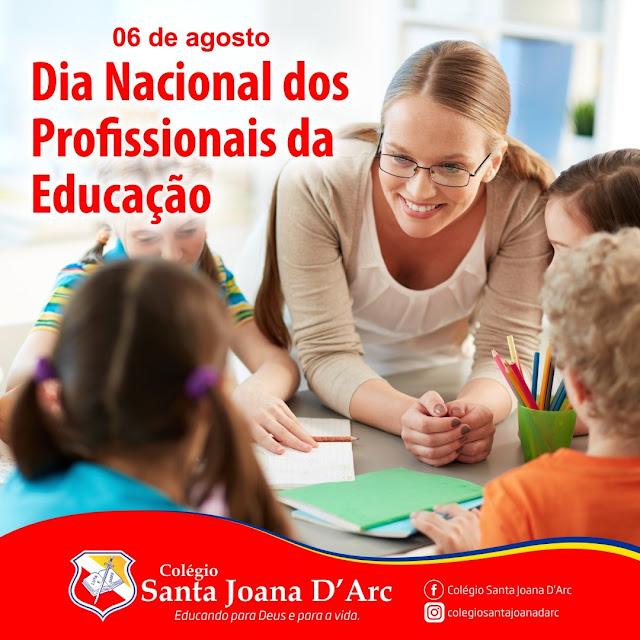 Parabéns, profissionais da área da educação educação.