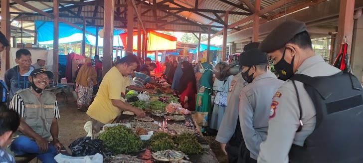 Operasi Yustisi Satuan Samapta Polres Takalar Di Pasar Lengkese