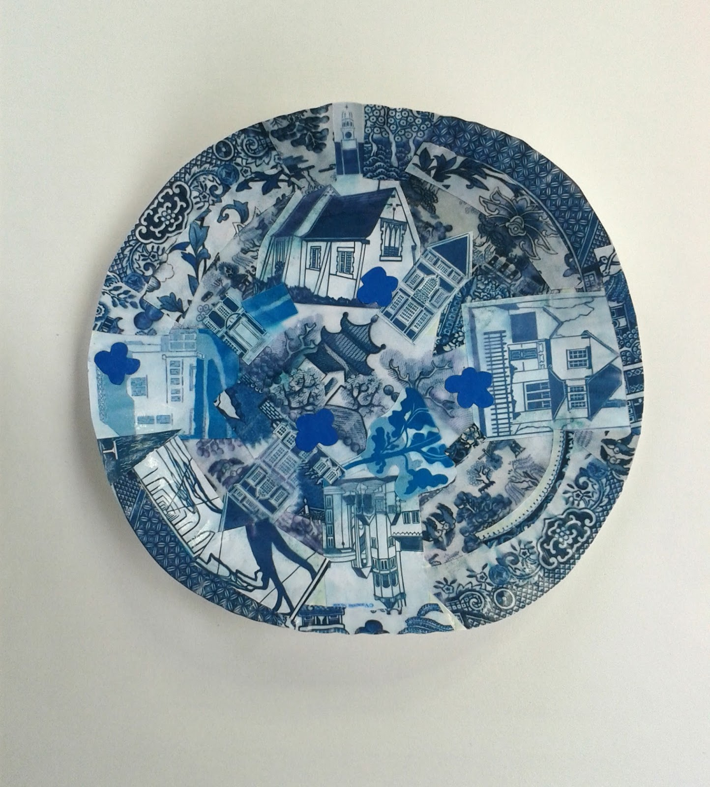 Above are the couple of mock-ups I made before the workshop. You can see the sheets I prepped of my black and white images into blue and white. & Vanessa Stoneu0027s Blog: Willow Pattern paper plate collages at the ...