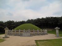 tomba del generale kim yu sin gyeongju