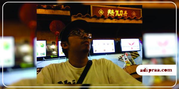 Selfie dengan suasana ala Tiongkok | adipraa.com