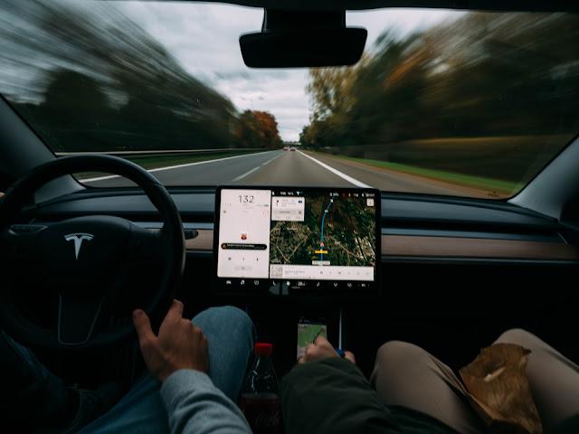 sejarah teknologi mobil autopilot, sejarah mobil otomatis, teknologi transportasi mobil autopilot, teknologi transportasi, perkembangan transportasi, transportasi canggih