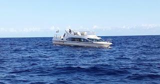 """La Garde-Côtes Comorienne au secours du bateau """"BOUROIKOU"""" en provenance de Nosy Be"""