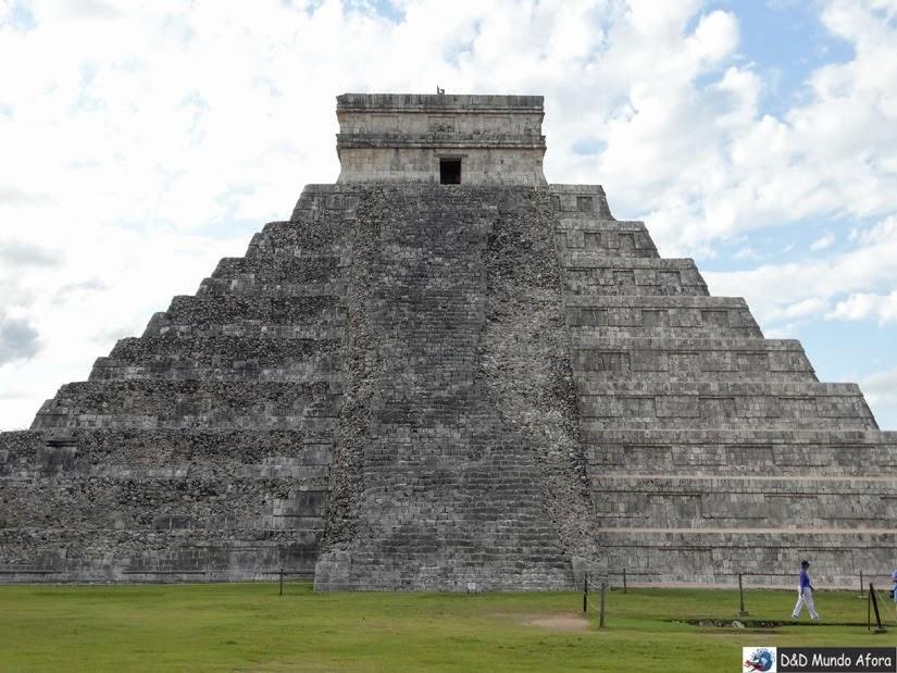 Pirâmide de Kukulkan - Passeio em Chichen Itza: cidade maia no México
