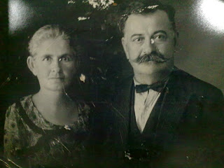Ο Γεώργιος Κανδηλάπτης με τη σύζυγό του Αγγελική