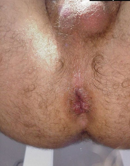 Tattooed shemale cocksucking before anal