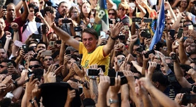 Ataque a Jair Bolsonaro - Blog do Asno