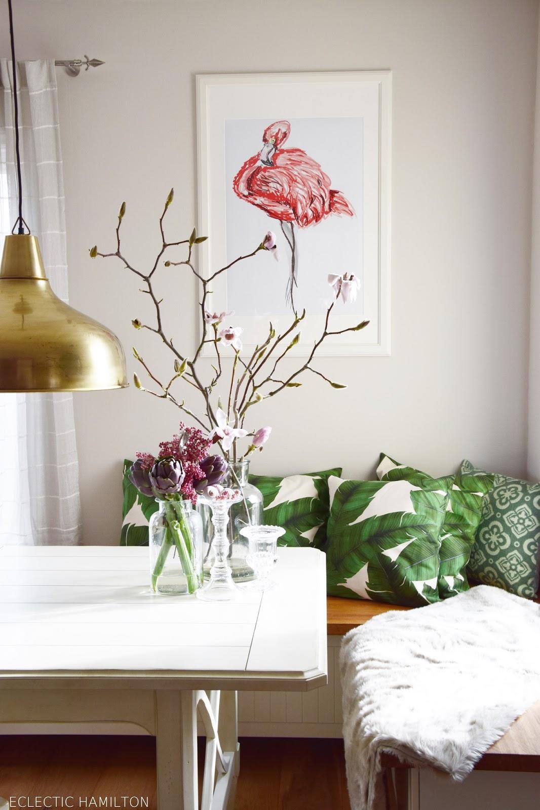 Ideen für ein schnelle Sommerdeko im Esszimmer: Flamingo an die Wand!