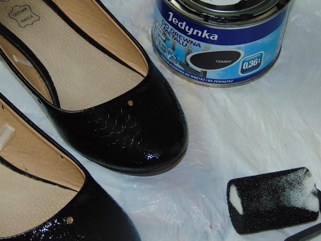 malowanie butów emalią alkidową