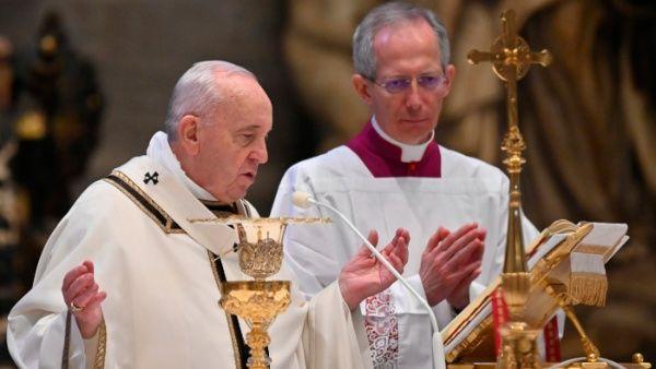 El Papa pide eliminación de sanciones y condonación de la deuda