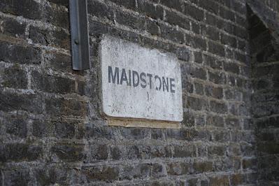 A similar sign saying 'MAIDSTONE'