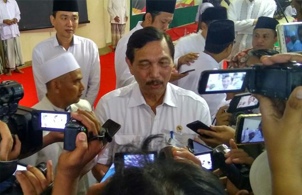 Pabrik Bauksit di Bintan akan Pekerjakan 1.800 TKA China, Luhut Jelaskan Alasannya