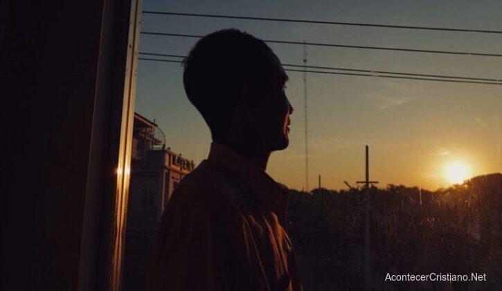 Hombre cristiano apedreado en Myanmar