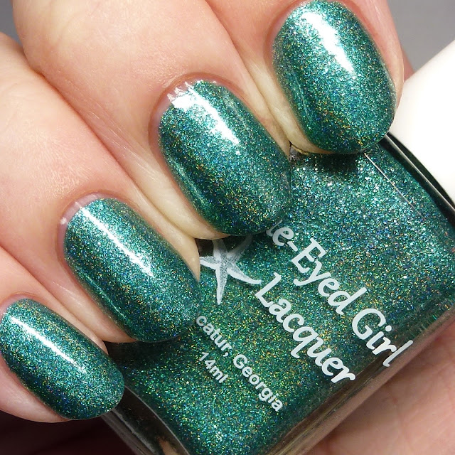 Blue-Eyed Girl Lacquer Siren Walks in Sunshine