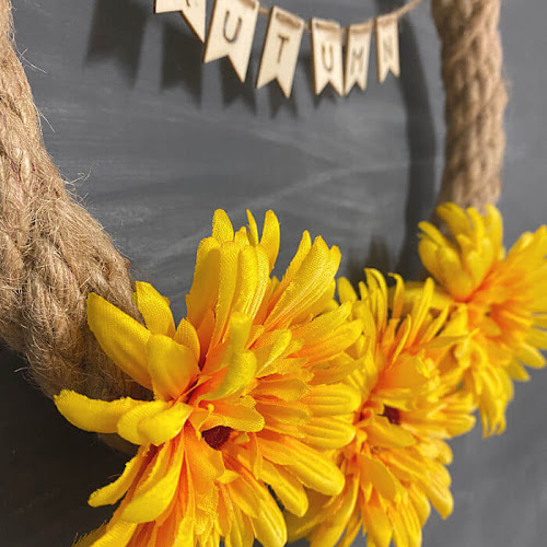 5 Minute Fall Rope Wreath With Wood-Burned Banner