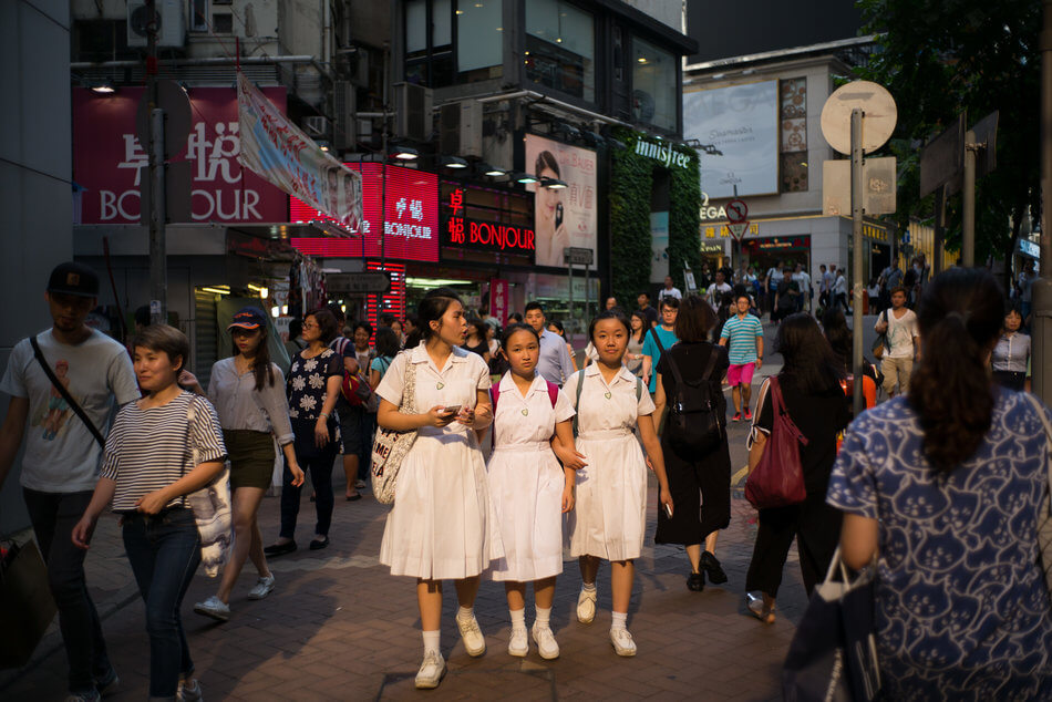 55 Stunning Photographs Of Girls Going To School In Different Countries - Hong Kong