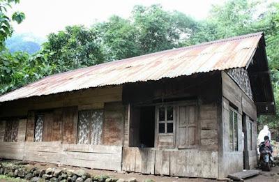 Rumah Adat Jawa Tengah Dan Ciri Khasnya