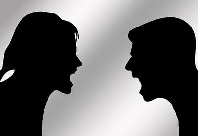 makalah ciri-ciri konflik dan faktor penyebab konflik