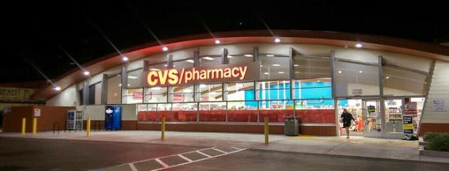 Farmácias para comprar maquiagem em San Diego