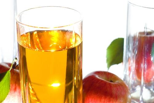 How refreshing apple juice works