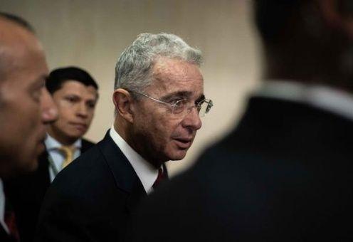 Uribe comparece ante Corte Suprema por manipulación de testigos