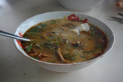 Cháo lươn là đặc sản không nên bỏ qua ở Vinh.