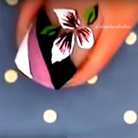 Unhas Decoradas - Floral