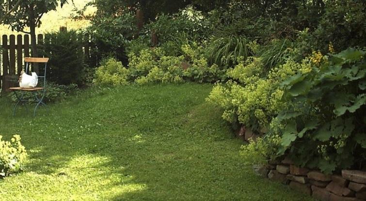 Hangstufen für schräge Gärten